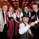 Les allemands en short débarquent au Relais Plaza